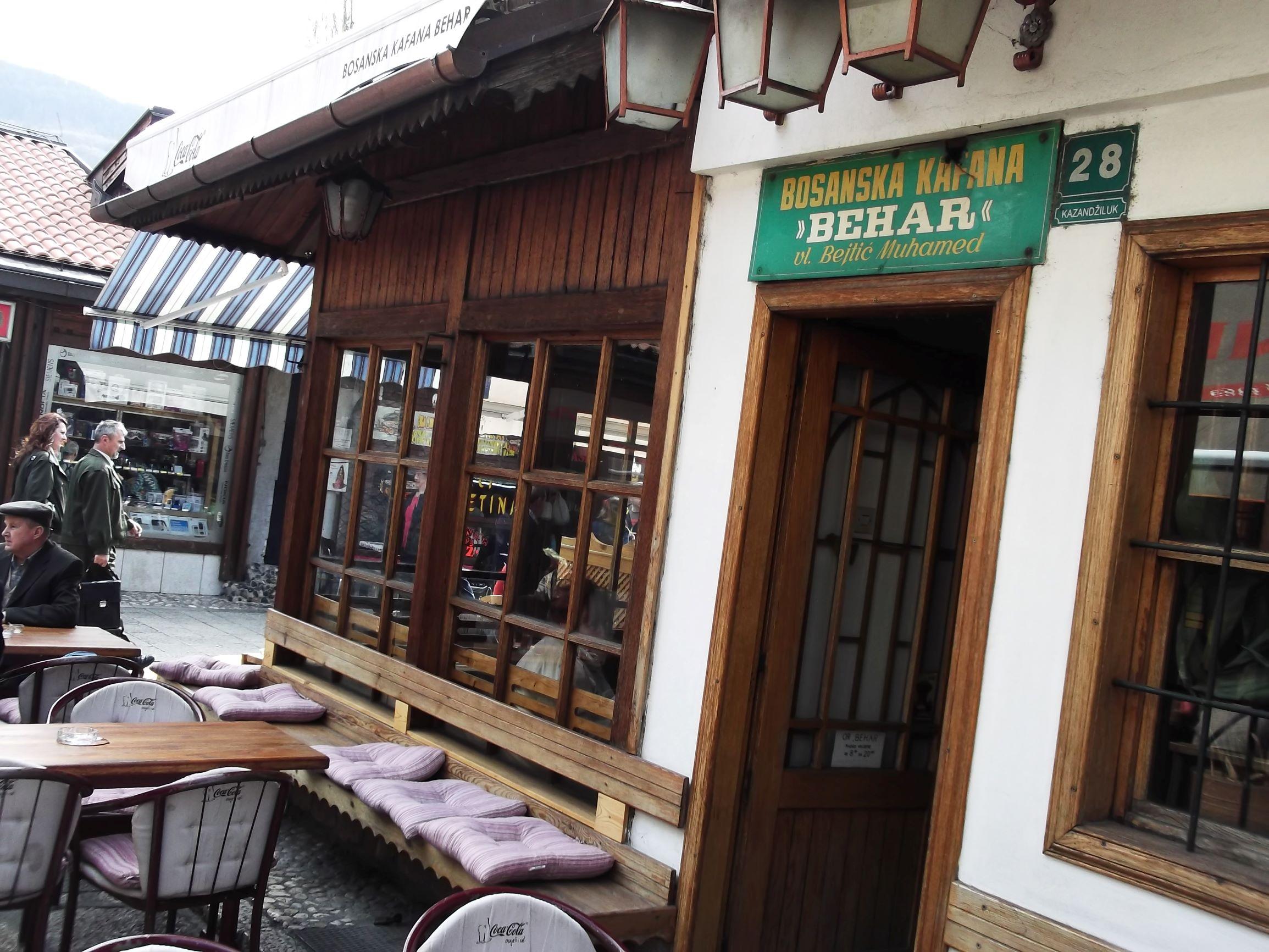 Sarajevo, bosanska kafana.
