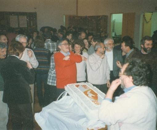 1998. La festa per il ventennale di Solidariet. In primo piano Mario Caparelli
