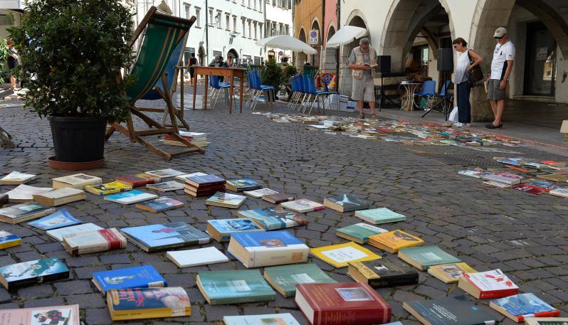 Una strada di libri