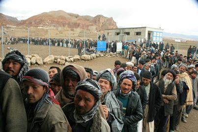 Afghaistan, in fila per il voto