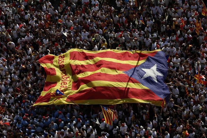Catalogna, manifestazione indipendentista