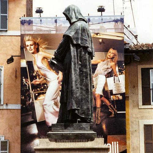 Roma, Campo dei fiori. La statua di Giordano Bruno