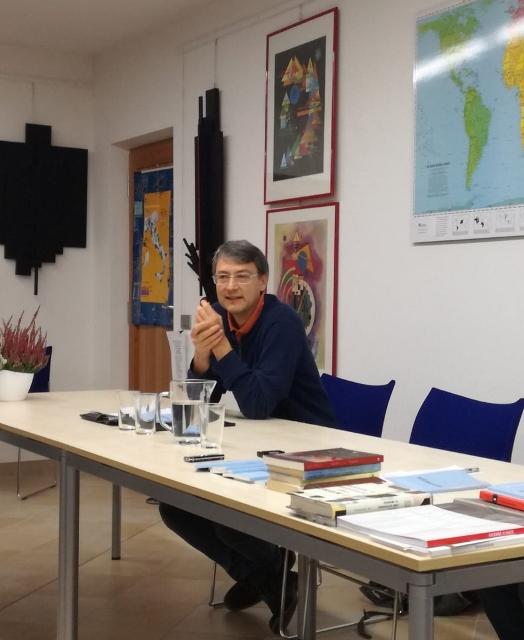 Mauro Cereghini in una delle presentazioni di Sicurezza