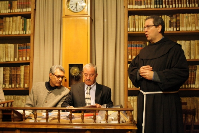 Un momento dell\'incontro alla Biblioteca San Bernardino (12 novembre 2010)