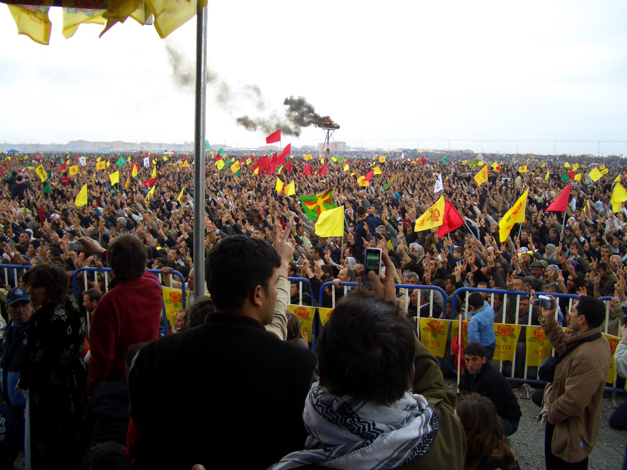 Manifestazione popolo curdo
