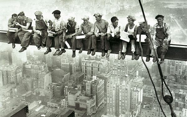 Charles Clyde Ebbets. Pausa pranzo, New York