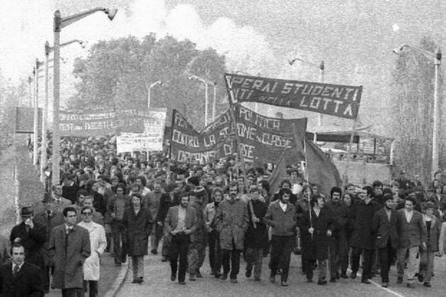 Manifestazione operaia anni '70